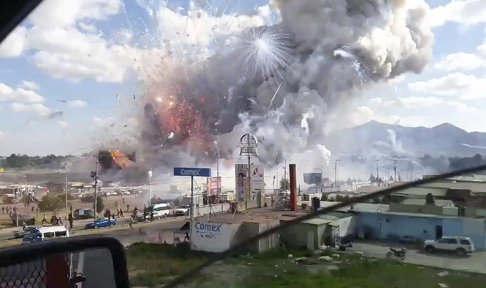 San Pablito Firework Market up in flames after firework explosion