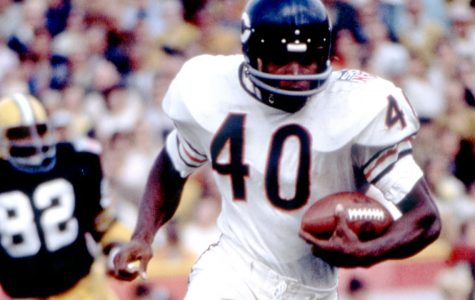 NFL Legend Gale Sayers Dies at 77